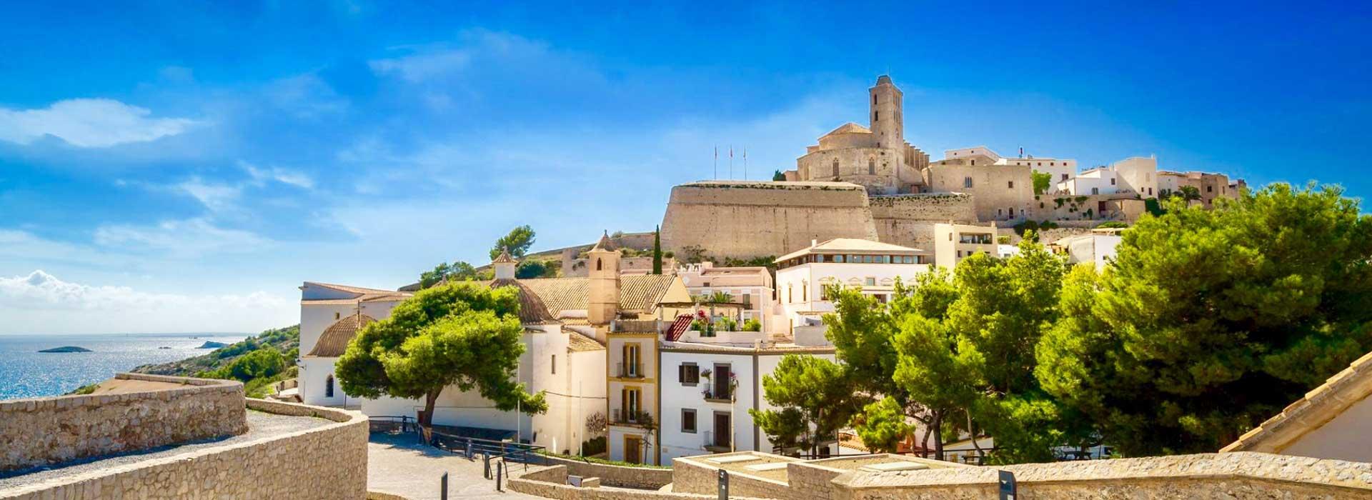 <small>Aktuelle Angebote</small>Ibiza, Mallorca und Festland