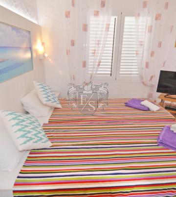 Schöne Apartment in Talamanca ( Sommer Strand und Sonnenschein )