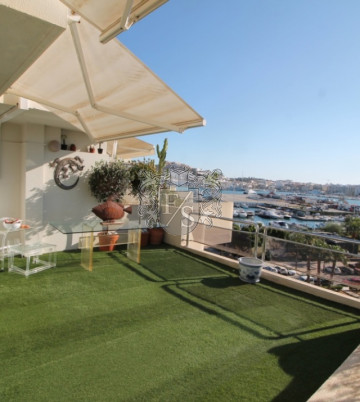 Genießen Sie Ibiza in diesem schönen Penthouse