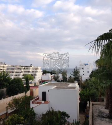 Schönes Apartment mit Blick auf das Meer in Santa Eulalia