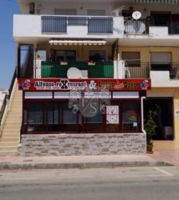 Top Restaurant inkl. 80m² große Wohnung und TUK-TUK in Top Lage von Murcia