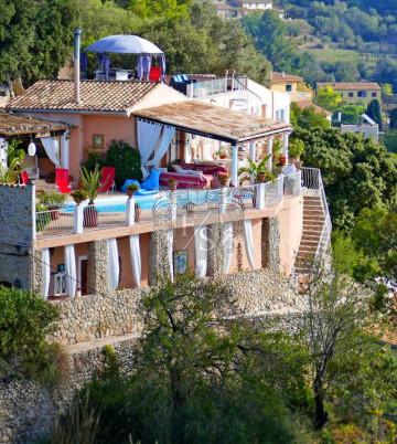 ***Villa Rosa***Die Perle über den Bergen von Mallorca mit Blick aufs Meer